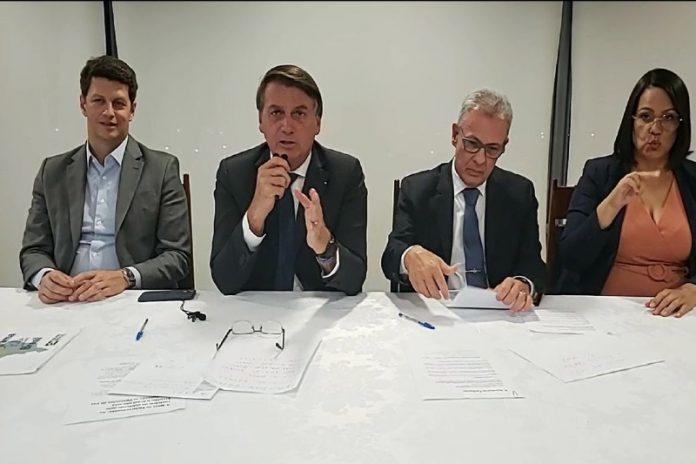 Imagem de live de Bolsonaro